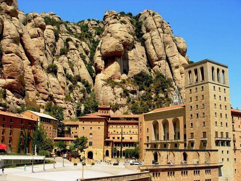 Montserrat-Barselona-photo-compressor