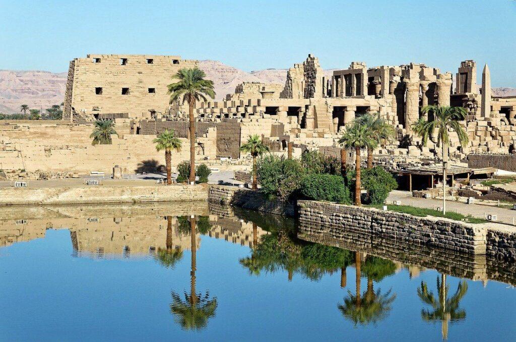 Луксор: Карнакский храм