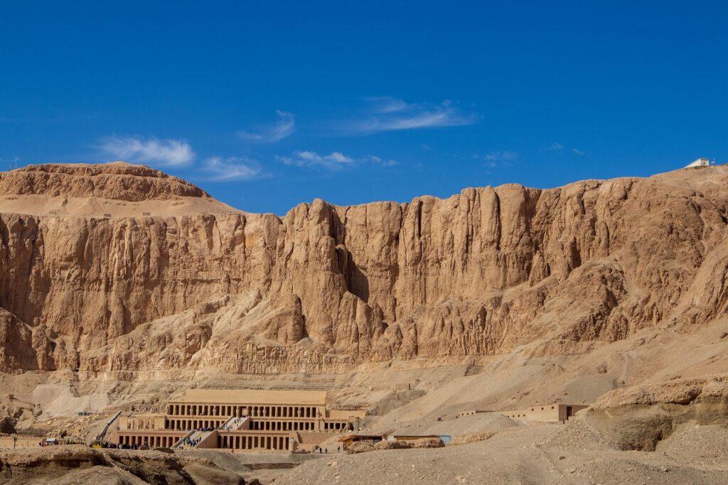 экскурсия в Луксор на самолете