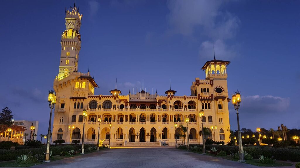 Королевский Дворец Монтаза в Александрии, Египе